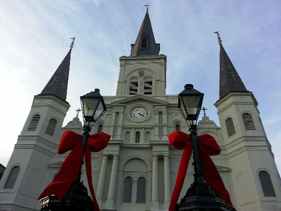 Hotel St. Marie: St Louis Cathedral