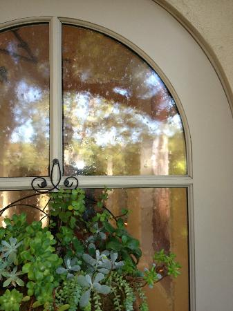 Rancho Bernardo Inn: one of many charming architectural details