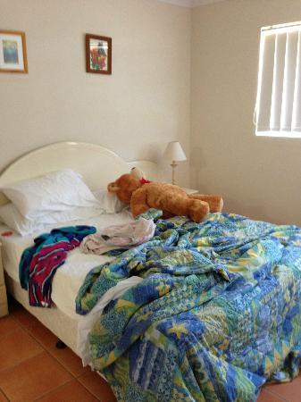 Grande Florida Beachside Resort: bedroom