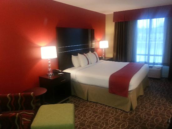 Holiday Inn - Hamilton Place: Room