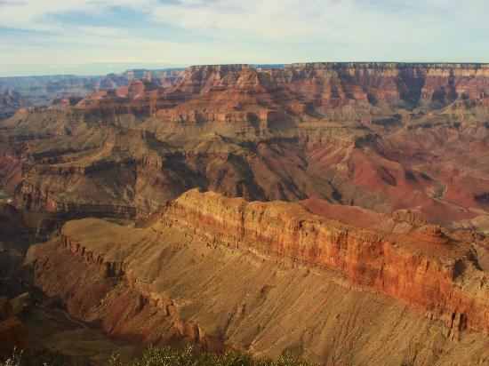 All-Star Grand Canyon Tours: The peninsula/finger in the foreground points to the beginning of the Grand Canyon