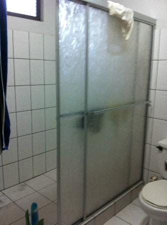 Arenal Hostel Resort : shower