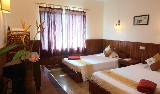 Firefly Guesthouse- The Berlin Angkor : Deluxe Twin