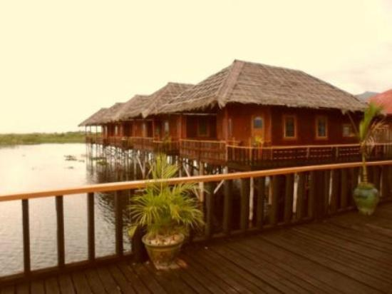 Golden Island Cottages - Nampan: Chalets/rooms