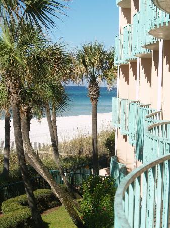 Casa Loma Inn: Balcony