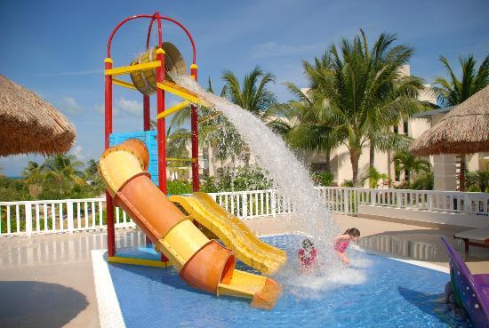 Beloved Playa Mujeres: kids having fun