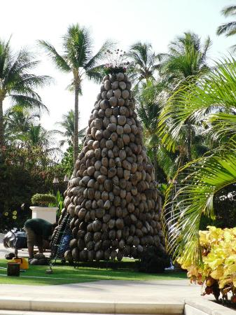 Fairmont Orchid, Hawaii: Coconut Christmas Tree