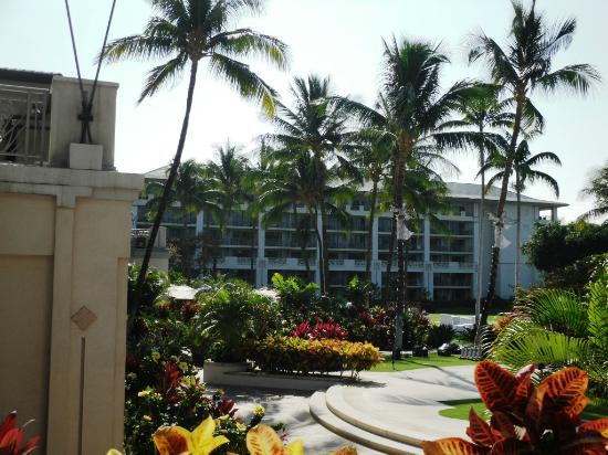Fairmont Orchid, Hawaii: View of the South Tower from the lobby