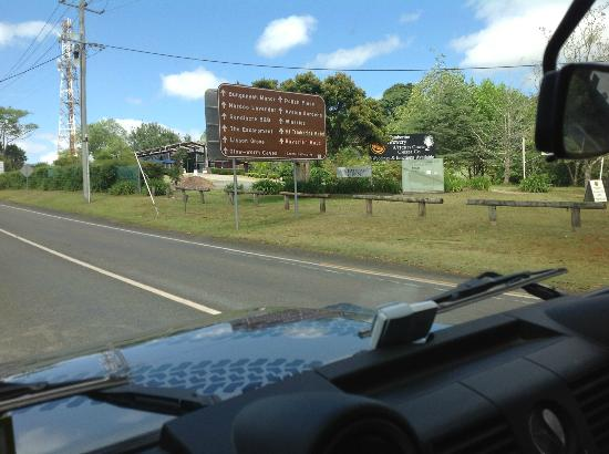 Southern Cross 4WD Tours : On the way to the Glow worm caves