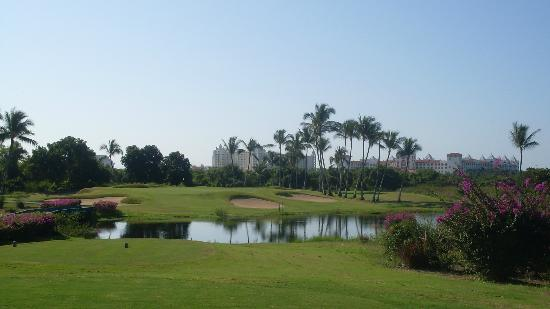 Club de Golf Los Flamingos: Riu in the background