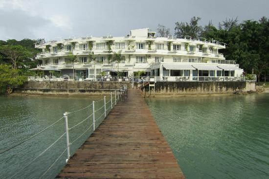 Chantilly's on the Bay: Waterfront see from the jetty