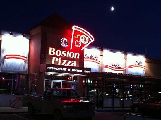 Boston Pizza Calgary 8108 Beddington Boulevard
