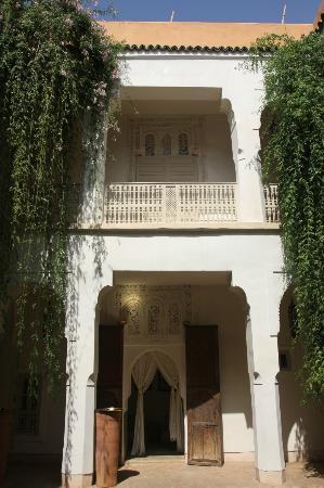 Hotel & Spa Riad Al Jazira : Patios de acceso a las habitaciones y zonas comunes