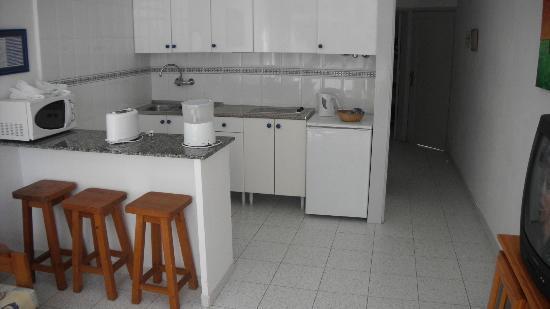 Apartamentos Jable Bermudas: Kitchen