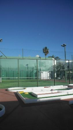 Apartamentos Jable Bermudas: The tennis court