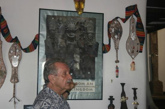 African Heritage House: The owner, our guide