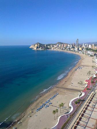 Playa de Poniente: Beautiful beach.