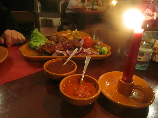 Genazvale: Skewer with variety of sauces