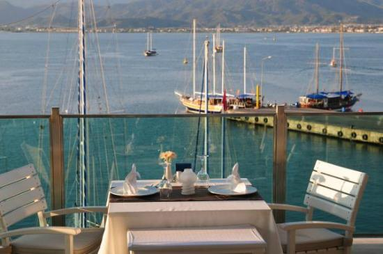 Alarga Restaurant: Beatiful Fethiye Bay View and Delicious Meals