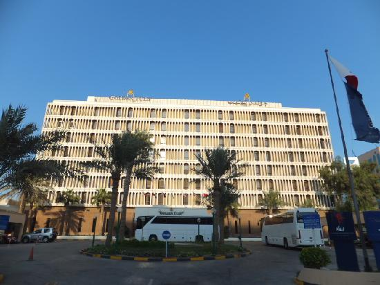 hotel outside view - Picture of Golden Tulip Bahrain ... - photo #6