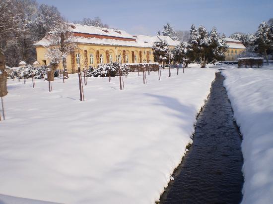 Brukenthal Palace Avrig: Brukenthal Palace Garden