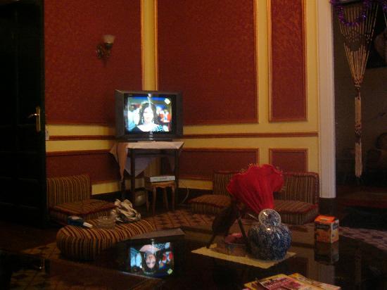 Cairo Palace: ラウンジです。ここでみんなでテレビを観たり、話したりしていました。