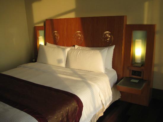 Putrajaya Shangri-La: Bed room