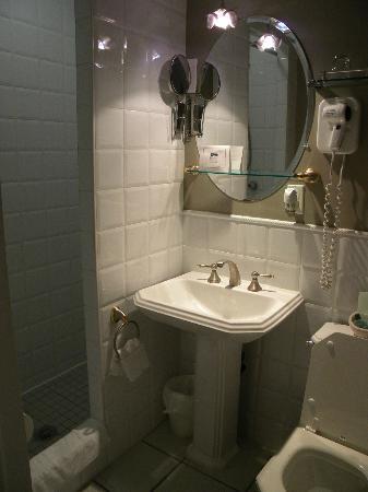 Auberge Le Pomerol: bagno