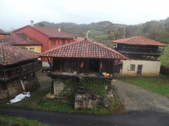 Hotel Rural Casa de La Veiga: vistas desde la habitación 2