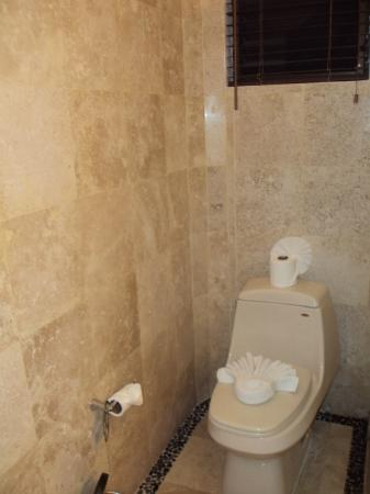 Hacienda Paradise Boutique Hotel by Xperience Hotels: Bathroom