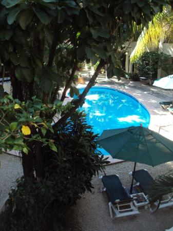 Hacienda Paradise Boutique Hotel by Xperience Hotels: Pool area from my balcony