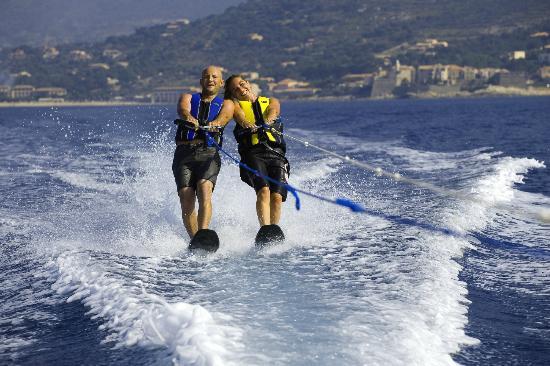 L'Escale Plage : Sports nautiques à proximité