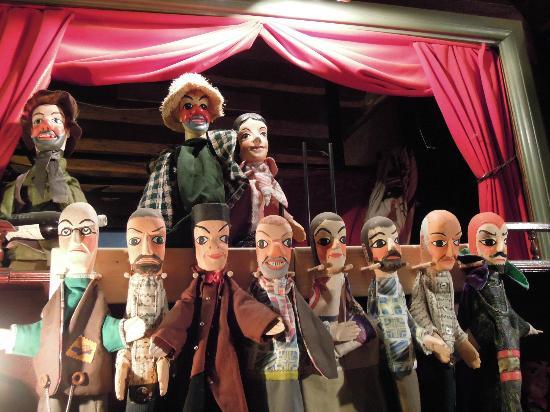 Le Petit Musee de Guignol Fantastique : les copains de guignol
