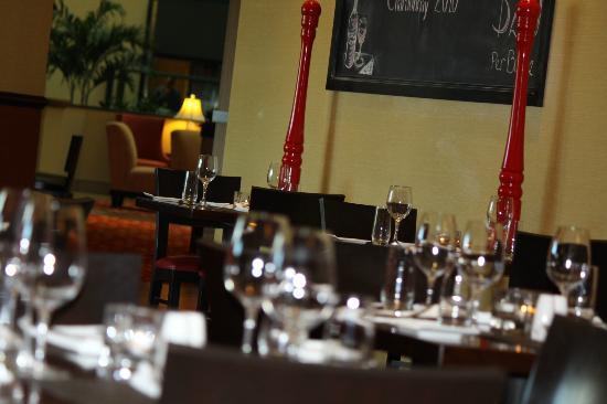 Villagio Bar and Grill