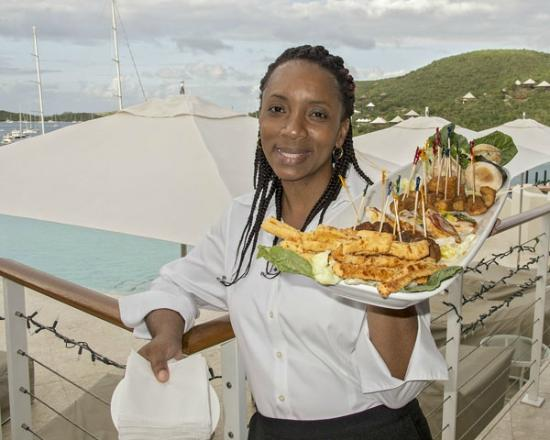 YCCS - Yacht Club Costa Smeralda: Lovely Polly, serving hot d'oeuvres
