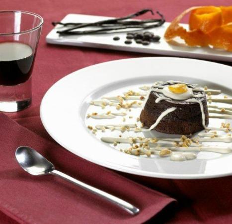 Il Cellaio Carni E Vini: TORTINO FRANCESE AL CIOCCOLATO