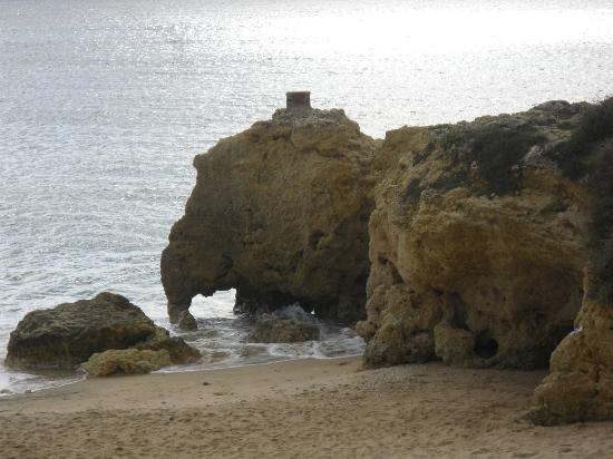 Grand Muthu Oura View Beach Club: The elephant rock formation oura beach