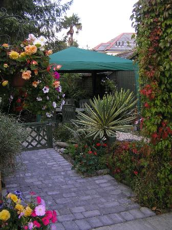 The Townhouse Rooms: Gardens
