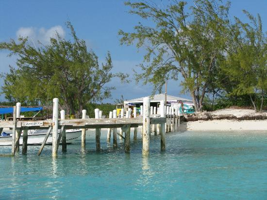 Augusta Bay Bahamas: Dock at Hamburger Beach on Stocking Island