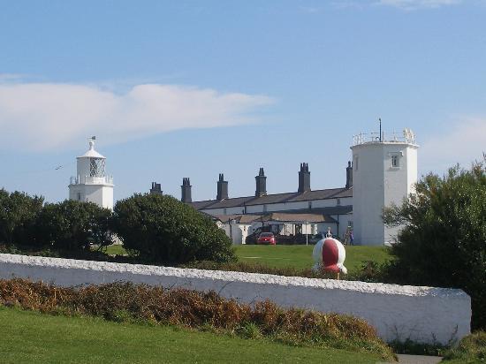 The Lizard and Kynance Cove: lizard point lighthouse