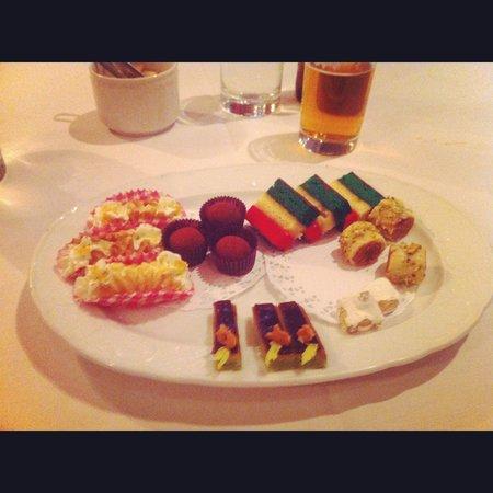 Torrisi Italian Specialties : Petit Fours