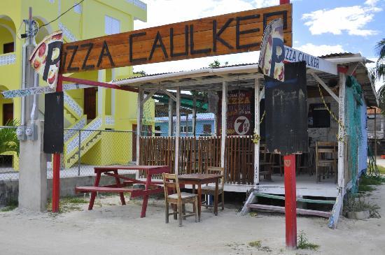 Pizza Caulker
