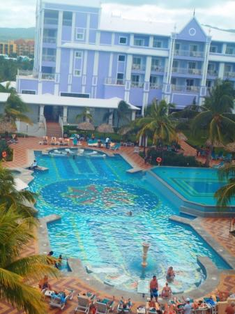 Hotel Riu Ocho Rios: pool on the suite side