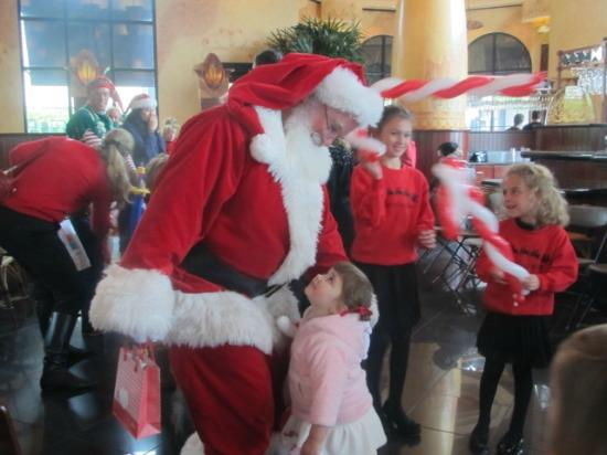 The Cheesecake Factory : Me and my two granddaughters (2&5) so enjoyed The Cheescake Factory's Christmas party. Lots of f