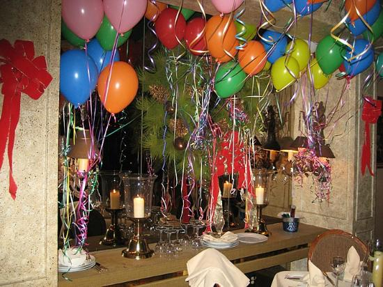 Wally's Desert Turtle: Wally's New Year's Eve Decor
