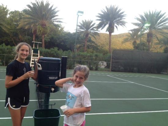 Carlisle Bay Antigua: Carlisle Bay Tennis Facility- Amazing!