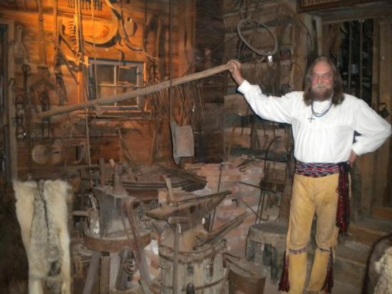 Fort Charrette Historic Village: Fort Tour