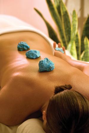 Nidah Spa At Eldorado Hotel: Turquoise Gemstone Massage