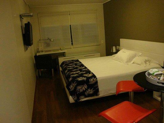 Regency Golf Hotel: Habitación del hotel con excelentes comodidades