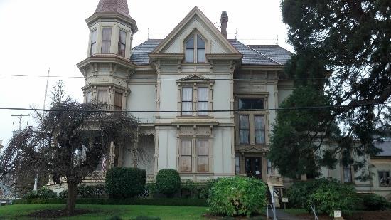 Flavel House Museum : Flavel House Astoria Oregon